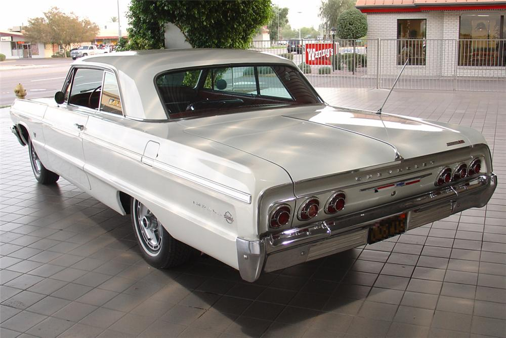 1964 CHEVROLET IMPALA SS 2 DOOR HARDTOP - Rear 3/4 - 21453