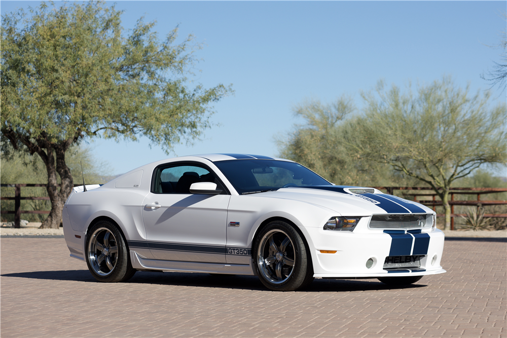 2011 FORD SHELBY GT350 - Front 3/4 - 214609