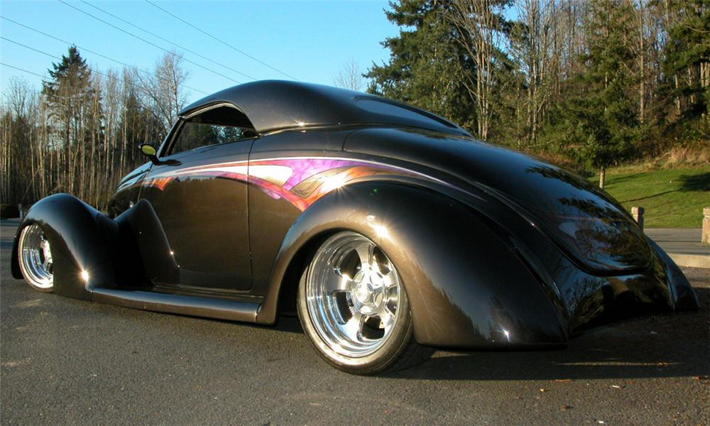 1937 FORD ROADSTER STREET ROD - Rear 3/4 - 21472