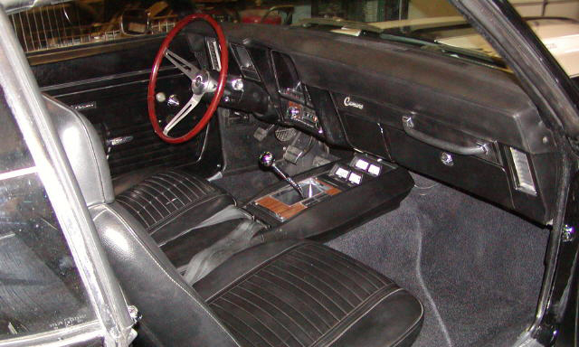 1969 CHEVROLET CAMARO Z/28 COUPE - Interior - 21478