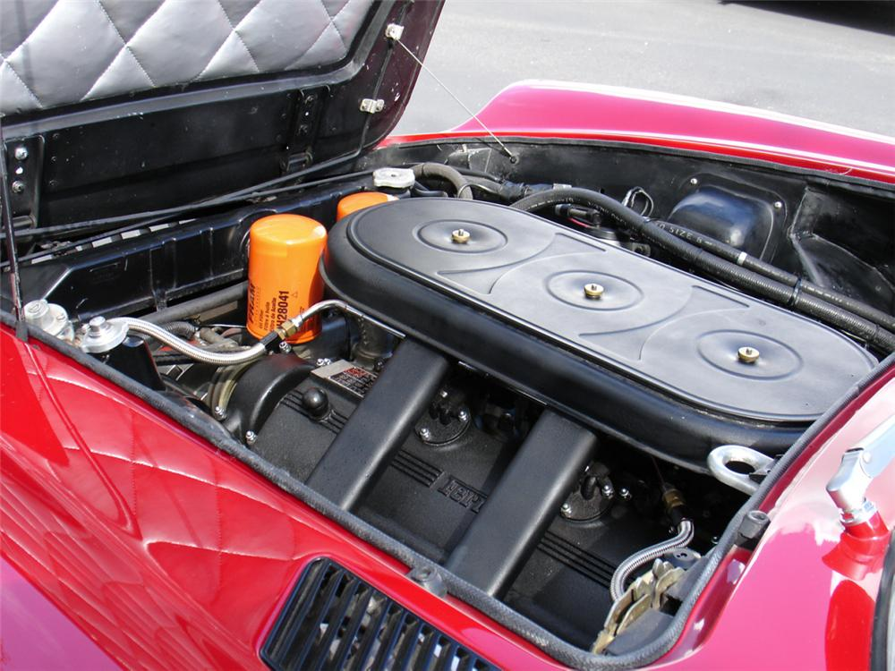 1967 FERRARI 365 GT 2+2 - Engine - 21490