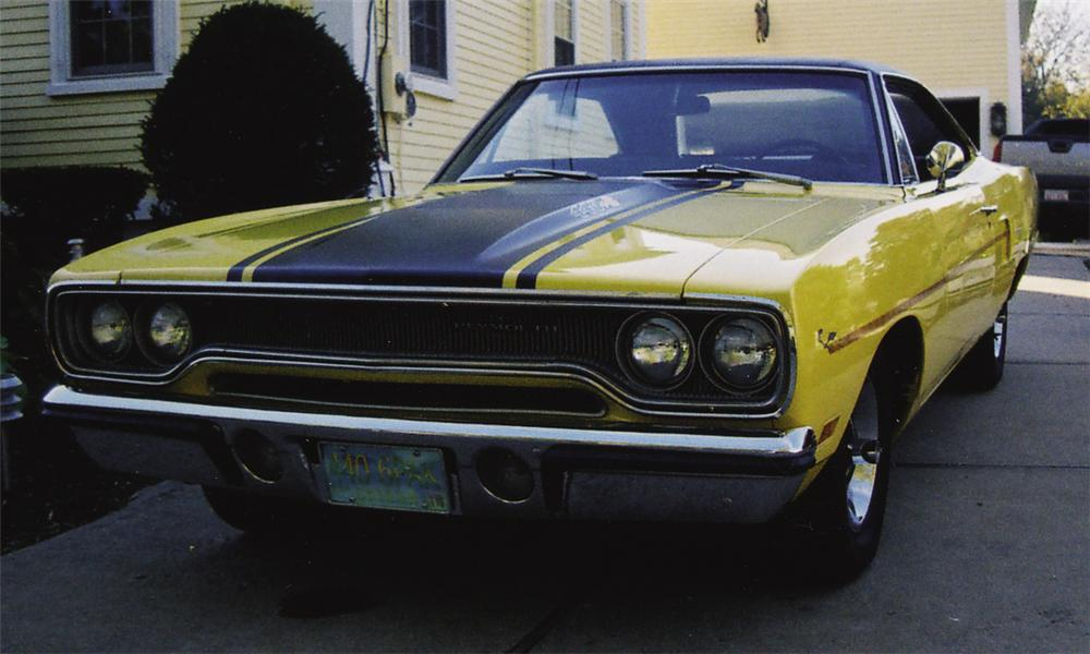 1970 plymouth road runner coupe front 3 4 21505
