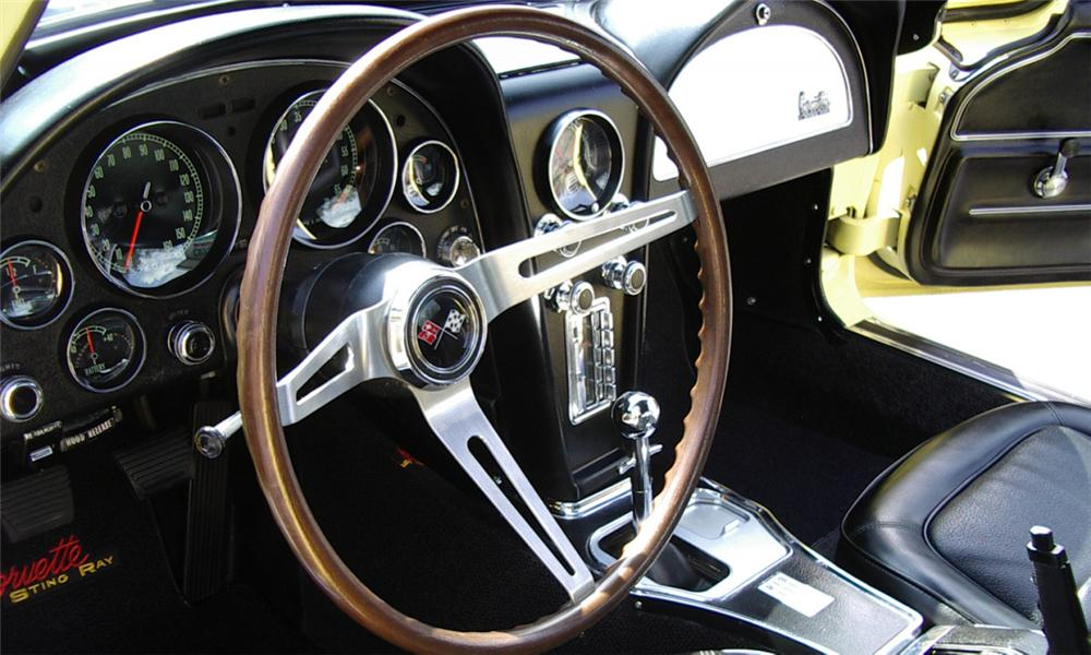 1967 CHEVROLET CORVETTE 427/435 COUPE - Interior - 21507