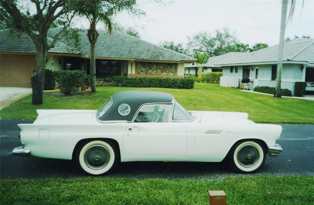 1957 FORD THUNDERBIRD CONVERTIBLE - Side Profile - 21519