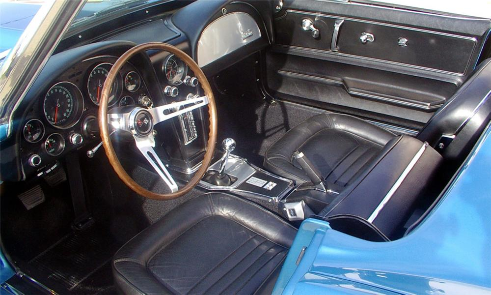 1967 CHEVROLET CORVETTE 427/435 CONVERTIBLE - Interior - 21534