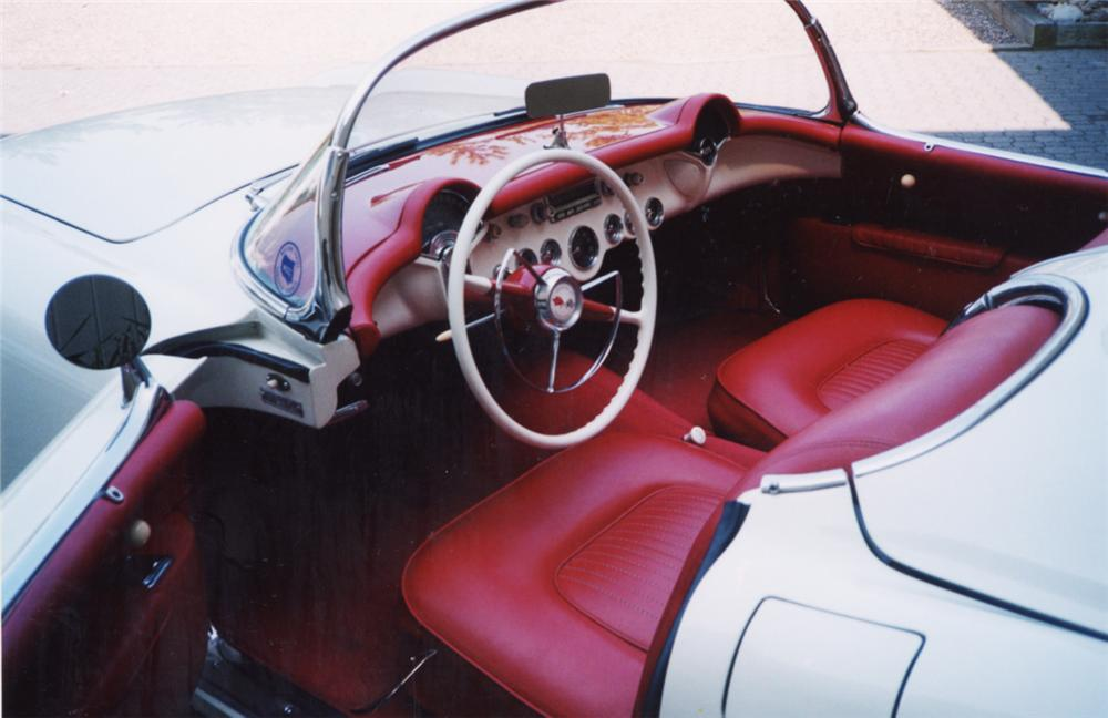 1955 CHEVROLET CORVETTE CONVERTIBLE - Interior - 21547