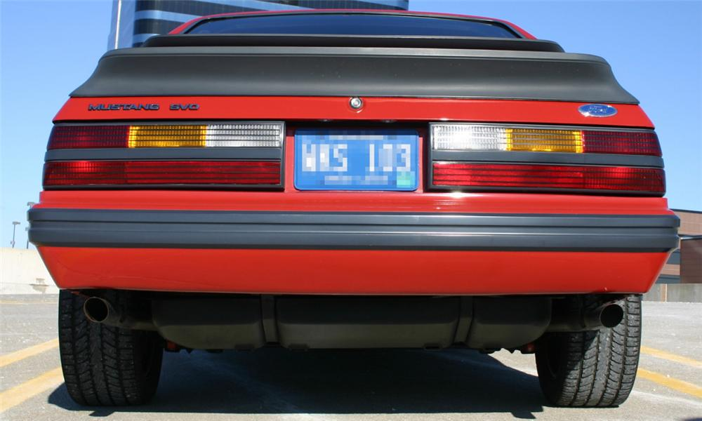1985 FORD MUSTANG SVO COUPE - Rear 3/4 - 21572