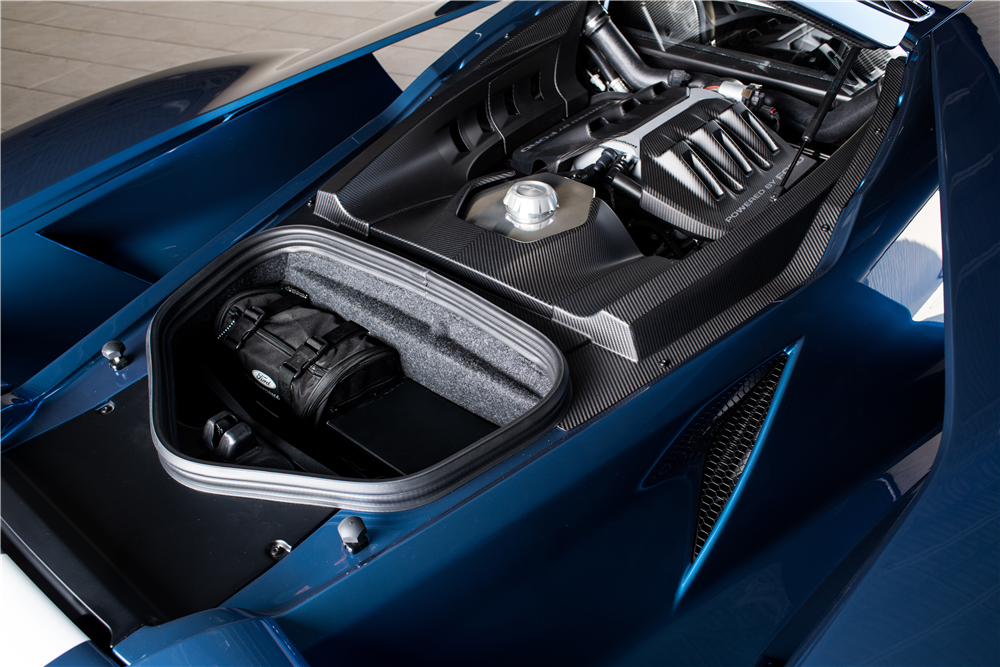 2017 FORD GT - Engine - 215876