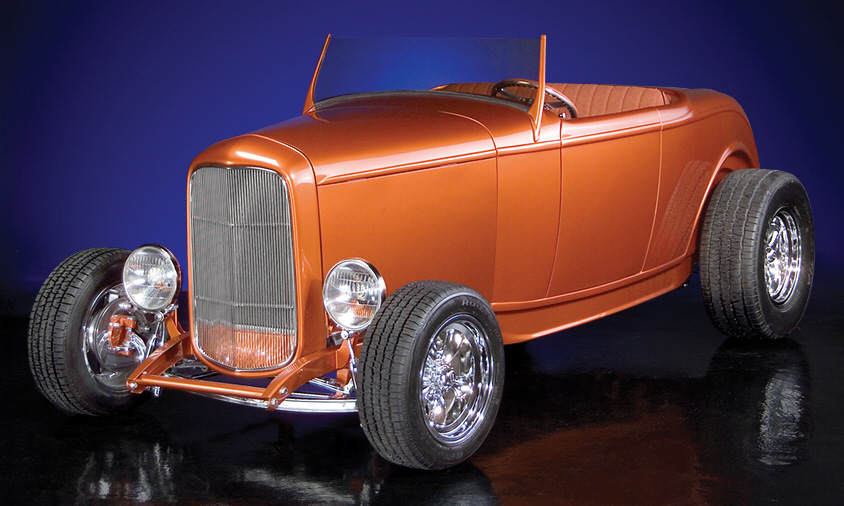 1932 FORD CUSTOM HI-BOY - Front 3/4 - 21601