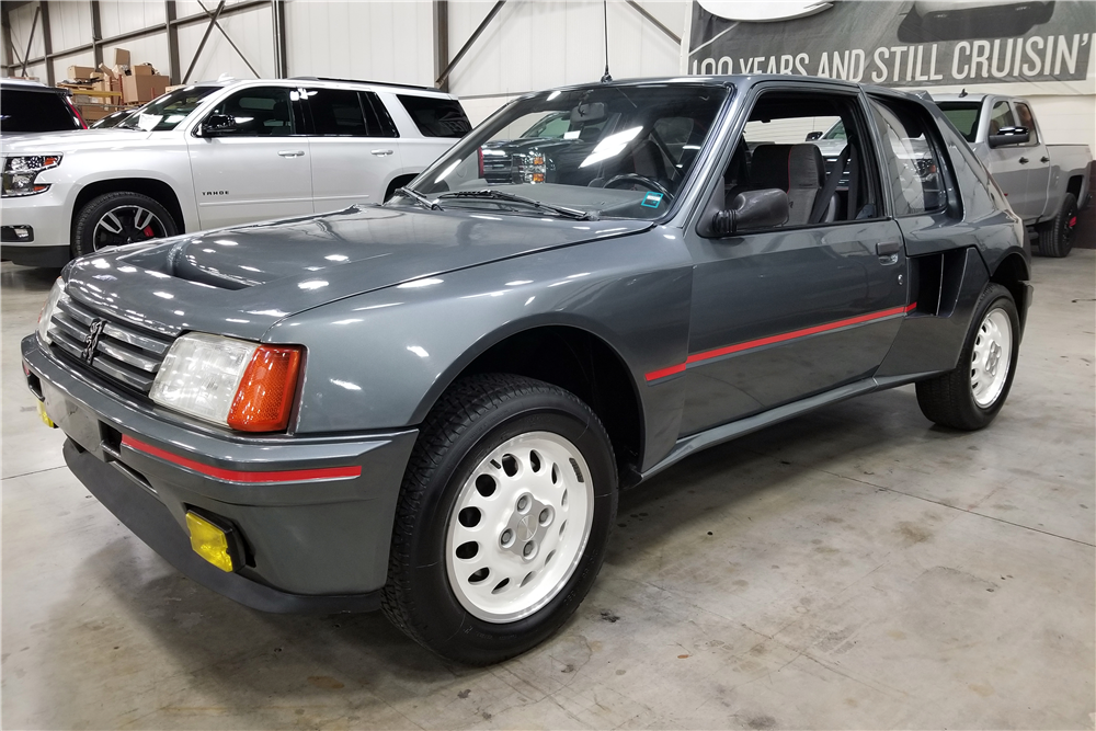 1984 PEUGEOT 205 T16 RALLY PROTOTYPE - Front 3/4 - 216253