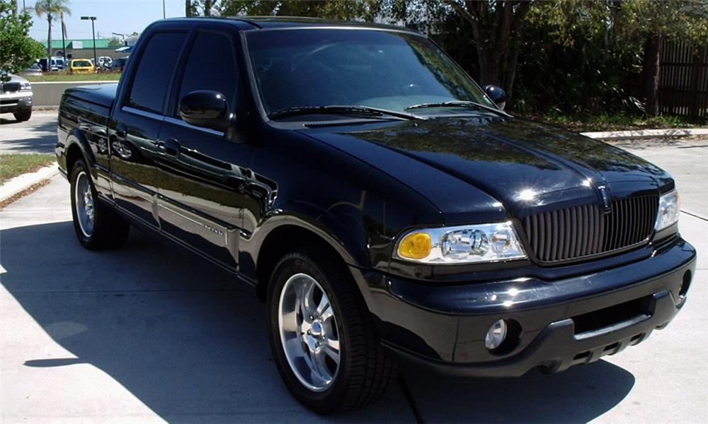 2002 Lincoln Blackwood Neiman Marcus Pickup 21645