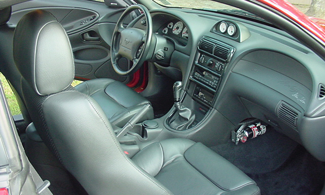 1999 FORD SALEEN MUSTANG COUPE - Interior - 21689