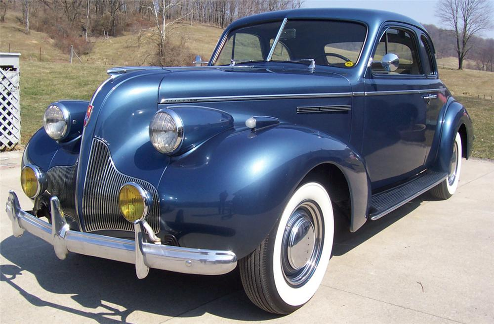 1939 BUICK 46 S SPORT COUPE - Front 3/4 - 21690