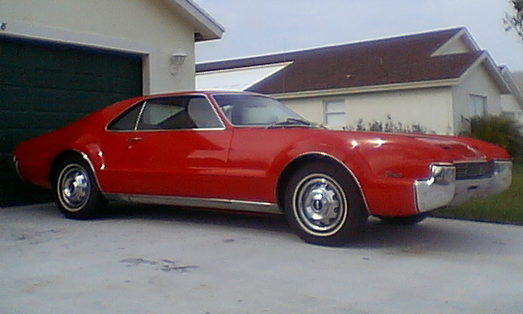1966 OLDSMOBILE TORONADO 2 DOOR - Front 3/4 - 21701