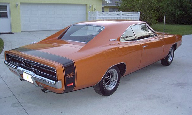 1969 DODGE CHARGER R/T 2 DOOR HARDTOP - Rear 3/4 - 21705