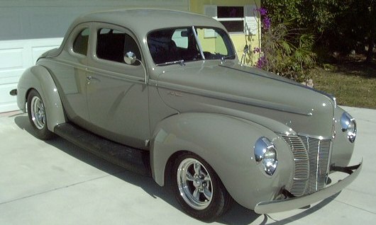 1940 FORD CUSTOM COUPE - Side Profile - 21707