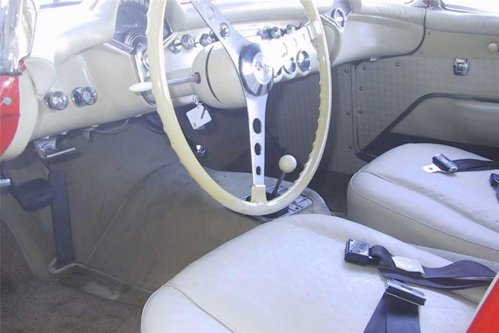 1957 CHEVROLET CORVETTE CONVERTIBLE - Interior - 21771
