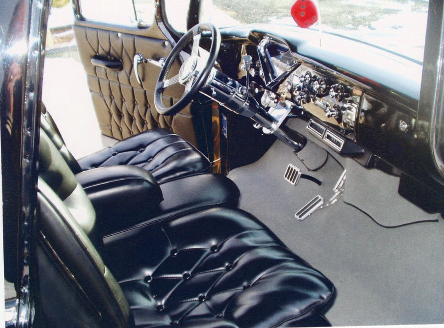 1958 CHEVROLET C-1 CUSTOM PICKUP - Interior - 21806
