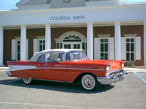 1957 CHEVROLET BEL AIR CONVERTIBLE - Front 3/4 - 21867