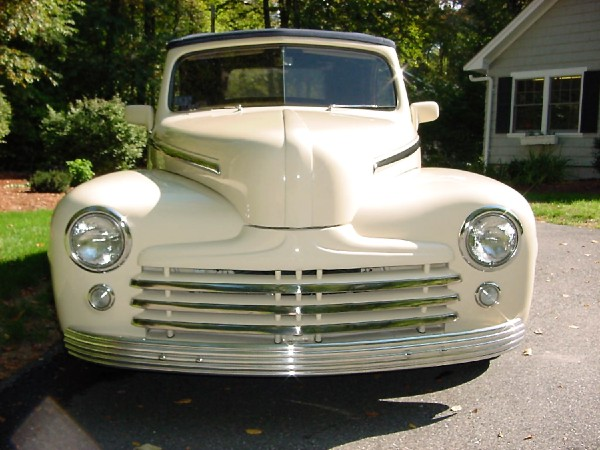1948 FORD SUPER DELUXE CONVERTIBLE - Side Profile - 21904