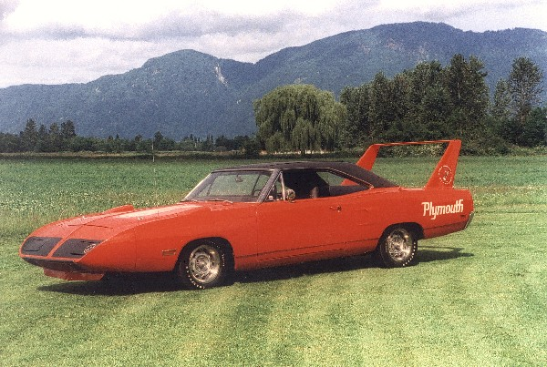 1970 PLYMOUTH SUPERBIRD COUPE - Front 3/4 - 21908