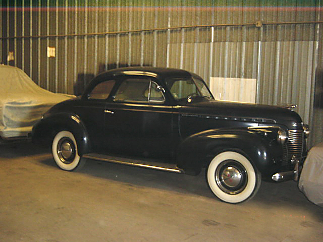 1940 CHEVROLET COUPE - Front 3/4 - 21935