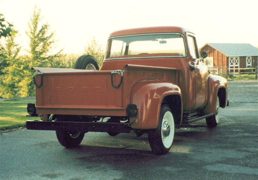1956 FORD F-100 CUSTOM CAB SHORT BED - Rear 3/4 - 21942