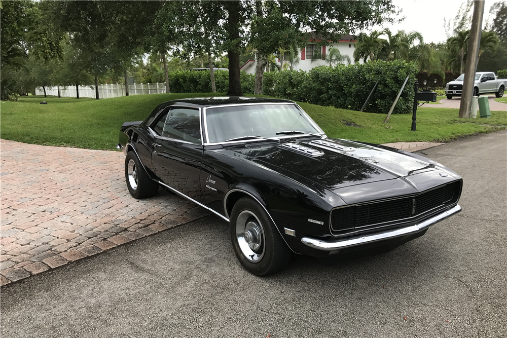 1968 CHEVROLET CAMARO RS - Front 3/4 - 219681
