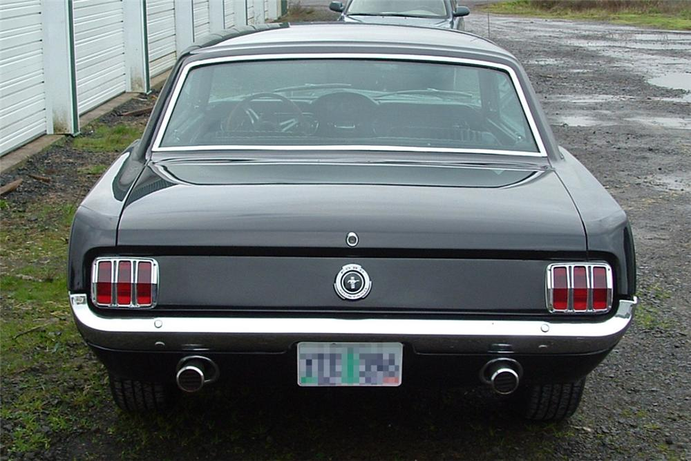 1965 FORD MUSTANG GT COUPE - Rear 3/4 - 21995