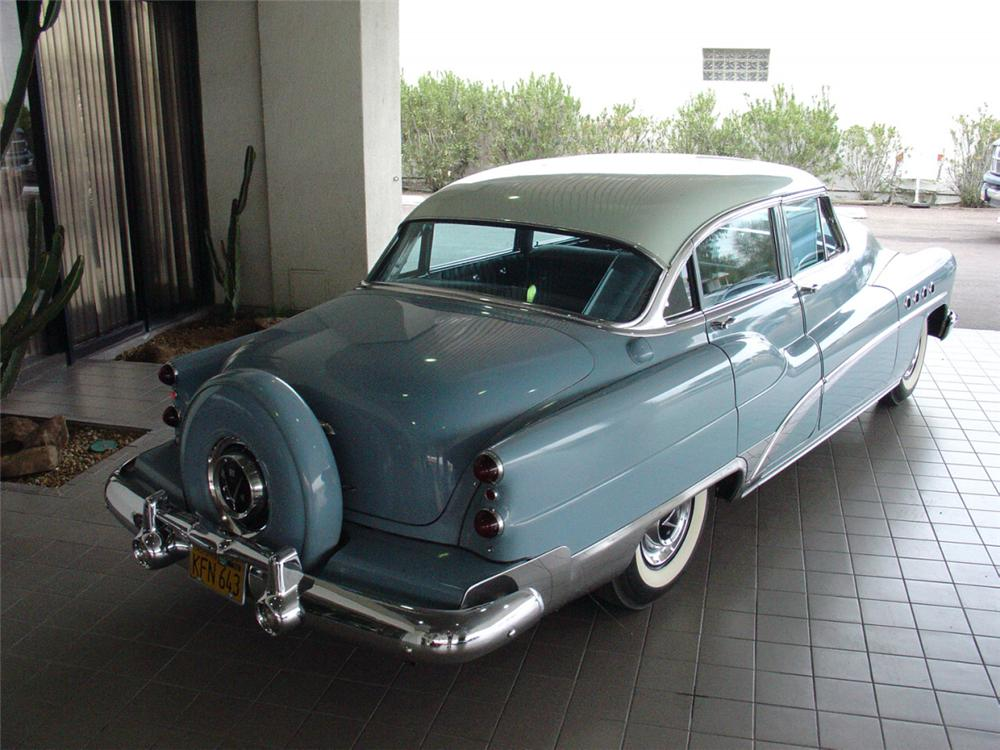 1953 BUICK ROADMASTER 4 DOOR SEDAN - Rear 3/4 - 22005