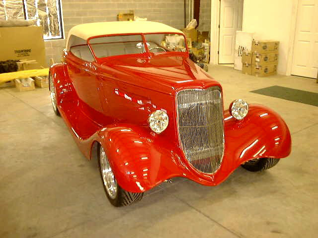1933 FORD 2 DOOR ROADSTER - Front 3/4 - 22008