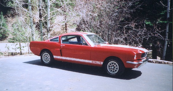 1966 SHELBY GT350 FASTBACK - Front 3/4 - 22112
