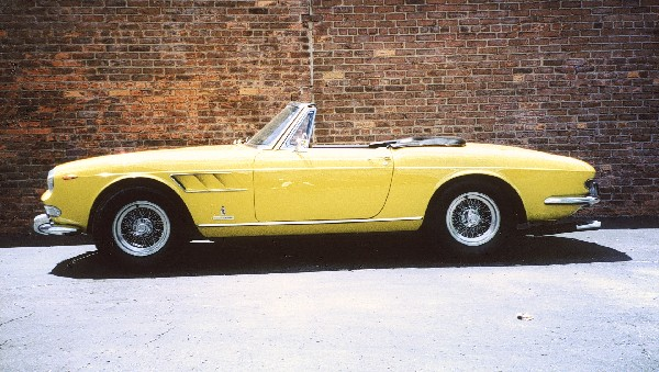 1965 FERRARI 275 GTS ROADSTER - Side Profile - 22130