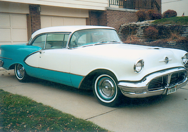 1956 OLDSMOBILE 98 COUPE - Front 3/4 - 22158