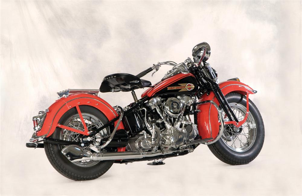 1939 HARLEY-DAVIDSON KNUCKLEHEAD MOTORCYCLE - Front 3/4 - 22166