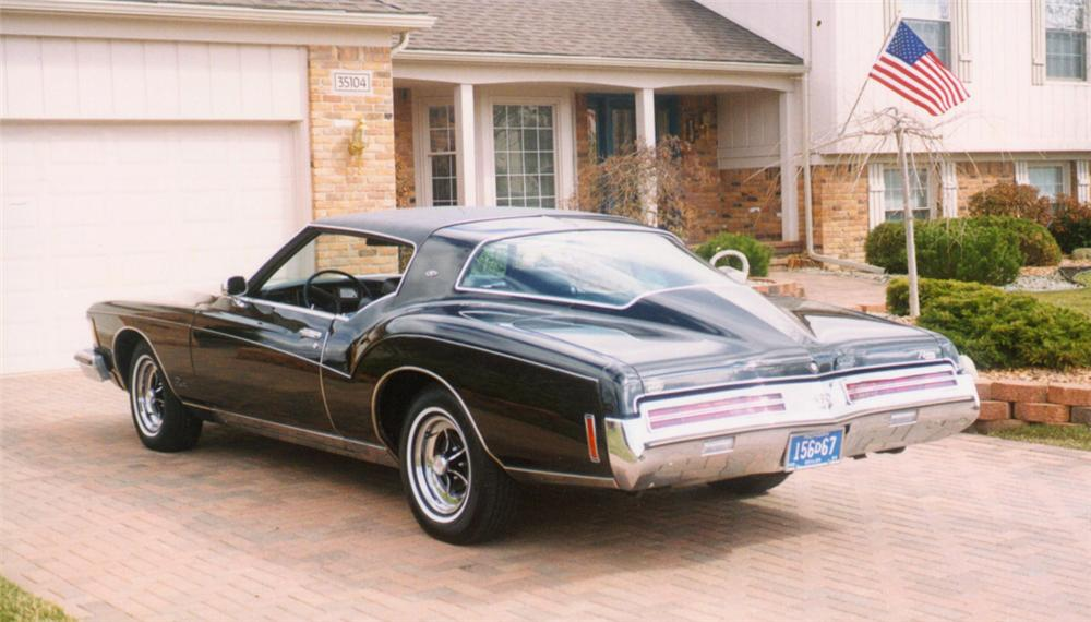 1973 BUICK RIVIERA 2 DOOR HARDTOP - Rear 3/4 - 22170