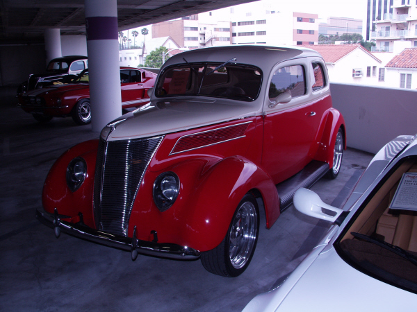 1937 ford 2 door sedan 22227 for 1937 ford two door sedan