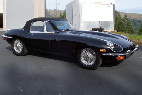 1970 JAGUAR XKE SERIES II ROADSTER - Front 3/4 - 22250