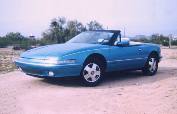 1990 BUICK REATTA CONVERTIBLE - Front 3/4 - 22404