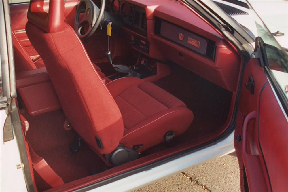 1984 FORD MUSTANG GT 350 CONVERTIBLE - Interior - 22438