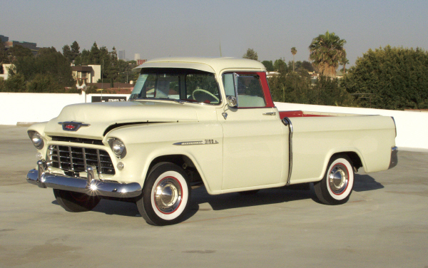 1955 CHEVROLET CAMEO CARRIER - Front 3/4 - 22476