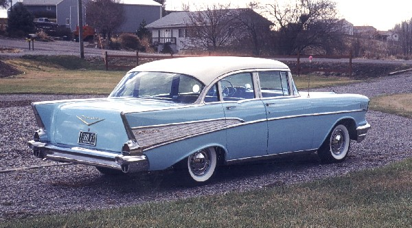 1957 CHEVROLET BEL AIR SEDAN - Rear 3/4 - 22588