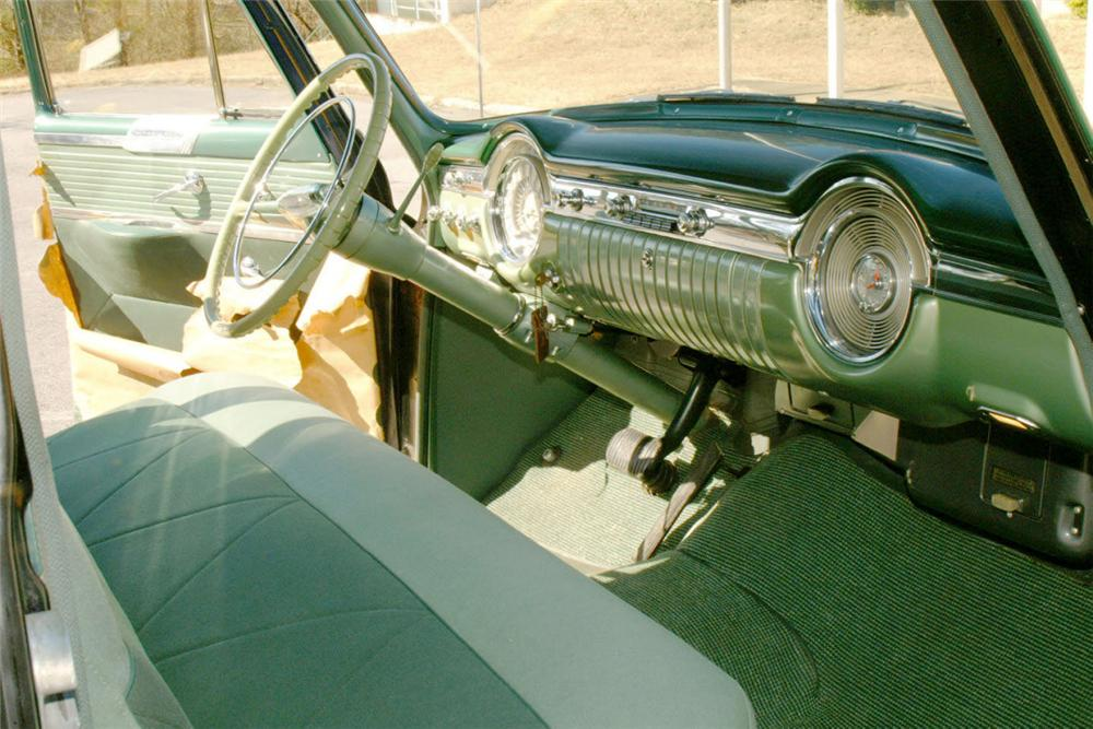 1953 OLDSMOBILE 98 4 DOOR SEDAN - Interior - 22617