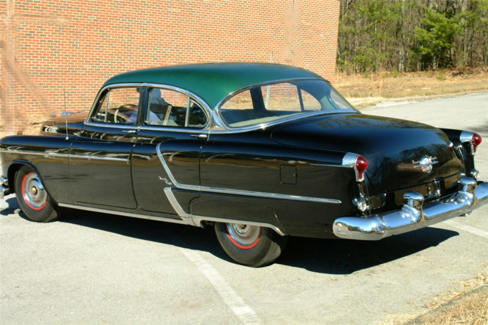 1953 OLDSMOBILE 98 4 DOOR SEDAN - Rear 3/4 - 22617