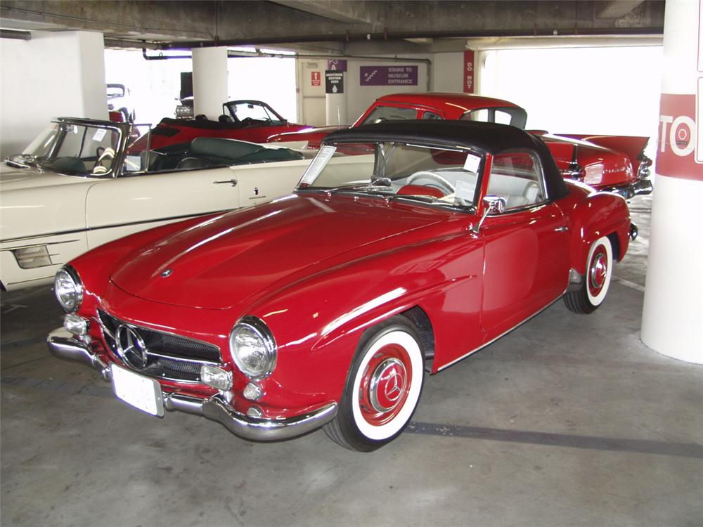 1956 MERCEDES-BENZ 190SL CONVERTIBLE - Front 3/4 - 22621