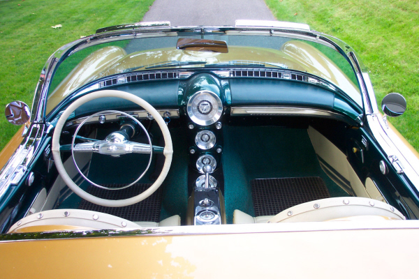 1954 OLDSMOBILE F-88 GM CONCEPT CAR - Interior - 22627