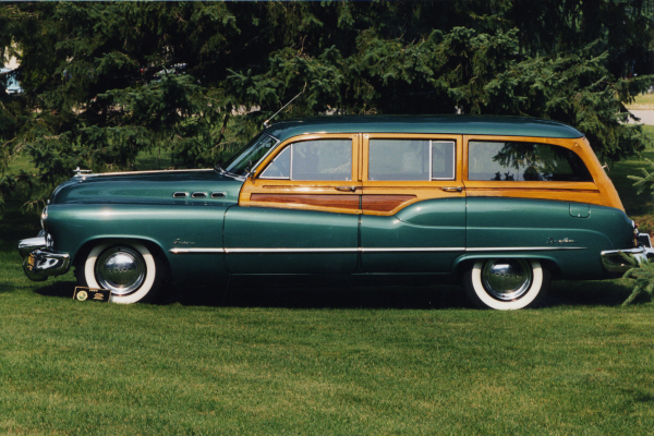 1950 BUICK WOODY SUPER STATION WAGON - Side Profile - 22630