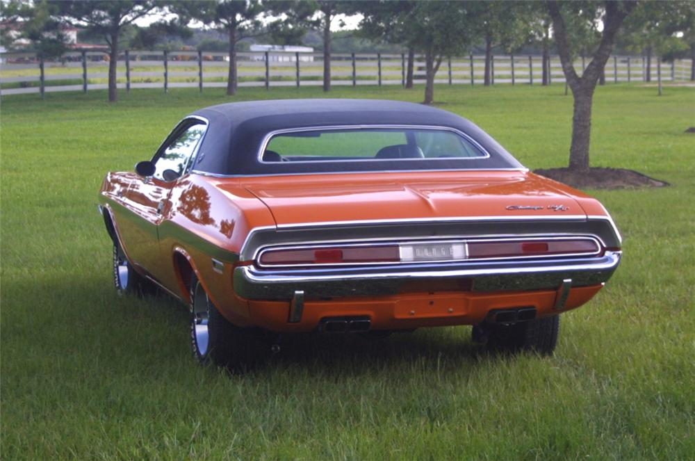 1970 DODGE CHALLENGER R/T SE 2 DOOR - Rear 3/4 - 22660