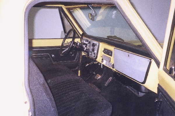 1971 CHEVROLET C-10 PICKUP STEP SIDE - Interior - 22785
