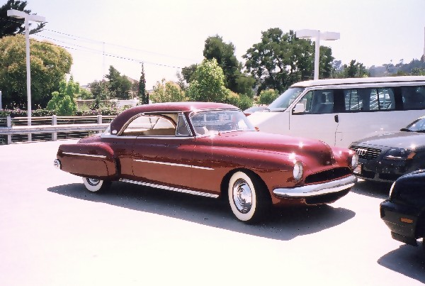 1950 OLDSMOBILE 88 HOLIDAY COUPE - Front 3/4 - 22801
